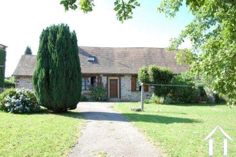 Charmante maison dans un hameau Ref # Li185