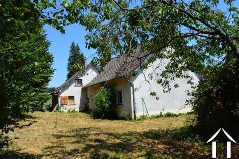 Maison avec 3 chambres et double garage Ref # Li578