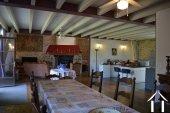 Grange rénovée en 2 maisons avec piscine Ref # Li582 image 3