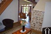Grange rénovée en 2 maisons avec piscine Ref # Li582 image 10