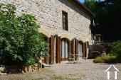 Grange rénovée en 2 maisons avec piscine Ref # Li582 image 22