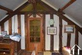 Grange de village rénovée de près de 200m² Ref # Li587 image 17
