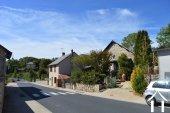 Grange de village rénovée de près de 200m² Ref # Li587 image 37