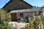 Grange de village rénovée de près de 200m² Ref # Li587 image 25