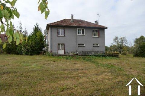 Maison avec grand jardin de 5.837 m² Ref # Li592