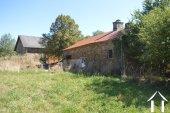 Deux maisons avec grandes dépendances et terrain de 1,7 hectares Ref # Li596 image 47