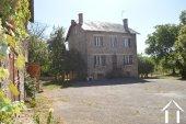 Deux maisons avec grandes dépendances et terrain de 1,7 hectares Ref # Li596 image 2