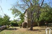 Deux maisons avec grandes dépendances et terrain de 1,7 hectares Ref # Li596 image 55