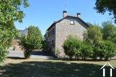 Deux maisons avec grandes dépendances et terrain de 1,7 hectares Ref # Li596 image 27