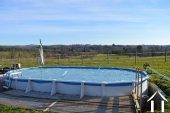 Fermette avec 1,6 hectares, grandes granges, piscine Ref # Li609 image 35