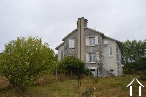 Deux maisons à petit prix! Ref # Li610
