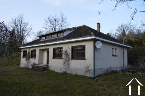 Pavillon rénové de 160m2 proche du centre d'Eymoutiers Ref # Li613