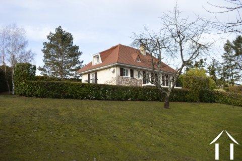 Grande Maison avec Appartement et Parc Arboré Ref # Li399