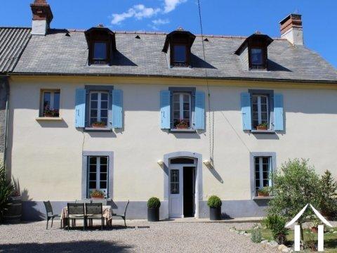 Belle maison Bigourdane rénovée avec gîte et dépendance Ref # LBD458