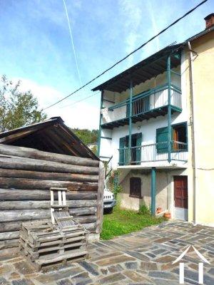 Maison de montagne sur 2.84ha de terrain Ref # MPDJ013