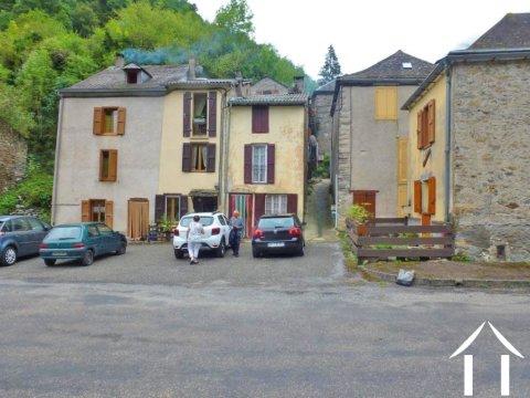 Maison de village avec garage NA Ref # MPDK022