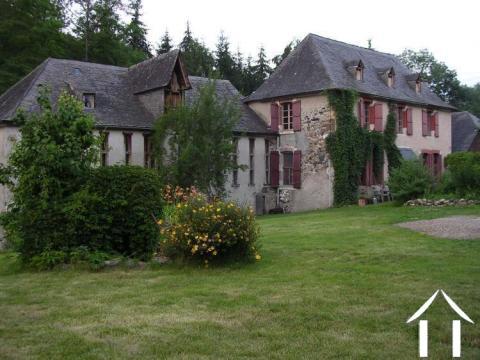 Castillon - Maison en pierres plus moulin à rénover sur 2095m2 de terrain Ref # MPDK040