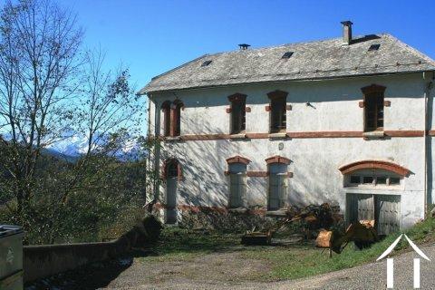 Ancienne école de montagne à rénover Ref # MPDK051