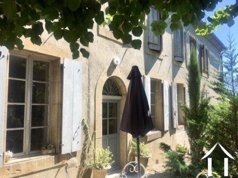 Charmante maison d'hôtes de 4/5 chambres  (250m2) avec deux gite Ref # MPPop0076