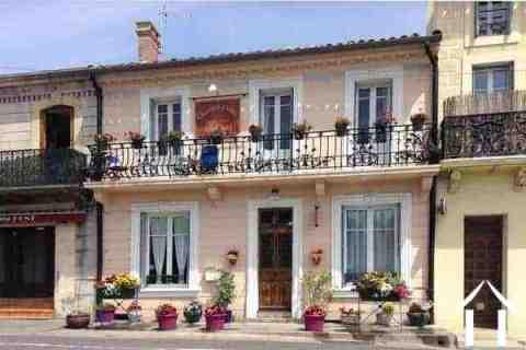 Jolie maison aménagée en Chambres d\'hôtes avec vue sur l\'Aude Ref # MPOP0023 Image principale